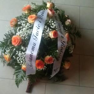 wiązanka pogrzebowa, róże jasno pomarańczowe