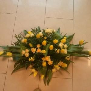 wiązanka pogrzebowa, żółte tulipany